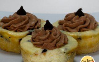 chocolate chip cheesecake cookie tarts